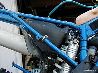underseat additional tank for 650 fse-husaberg-auxilary-tank-right-side-cap-vent-line-elbow.jpg