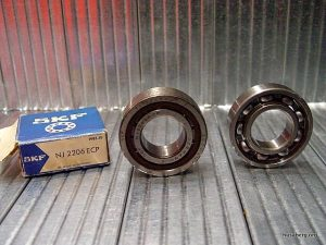 Left roller SKF, right OEM ball race